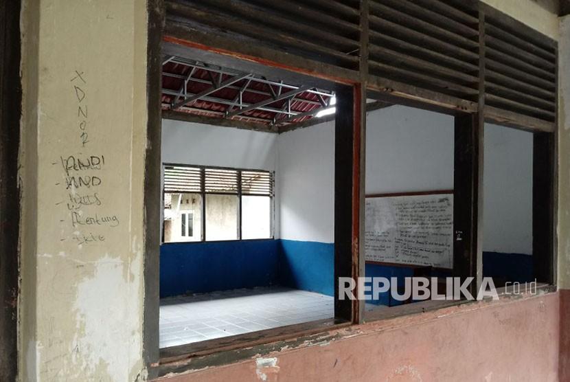 Sekolah rusak. (ilustrasi)