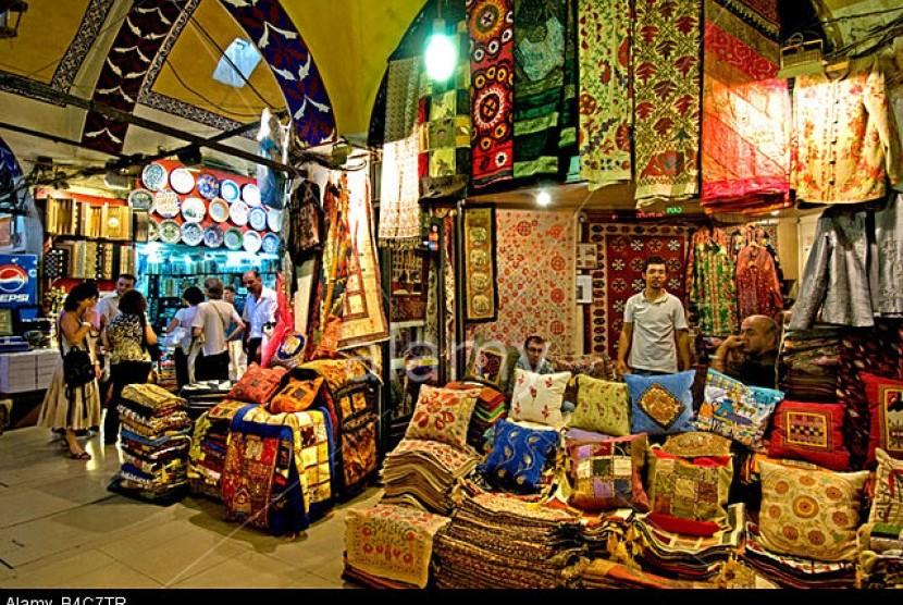 Suasana Grand Bazaar Capali, Istanbul Turki