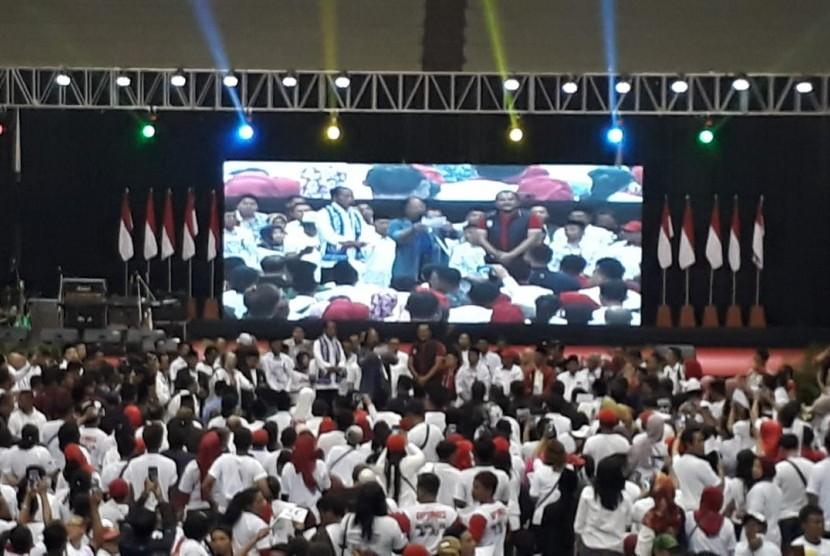 Suasana kampanye Calon Presiden (Capres) RI Nomor Urut 1, Joko Widodo (Jokowi) di GOR Ken Arok, Kota Malang, Senin (25/3).