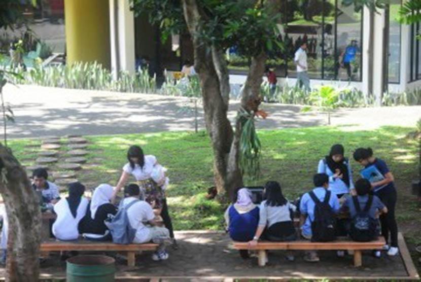Suasana kampus UI Depok, Jawa Barat (ilustrasi).