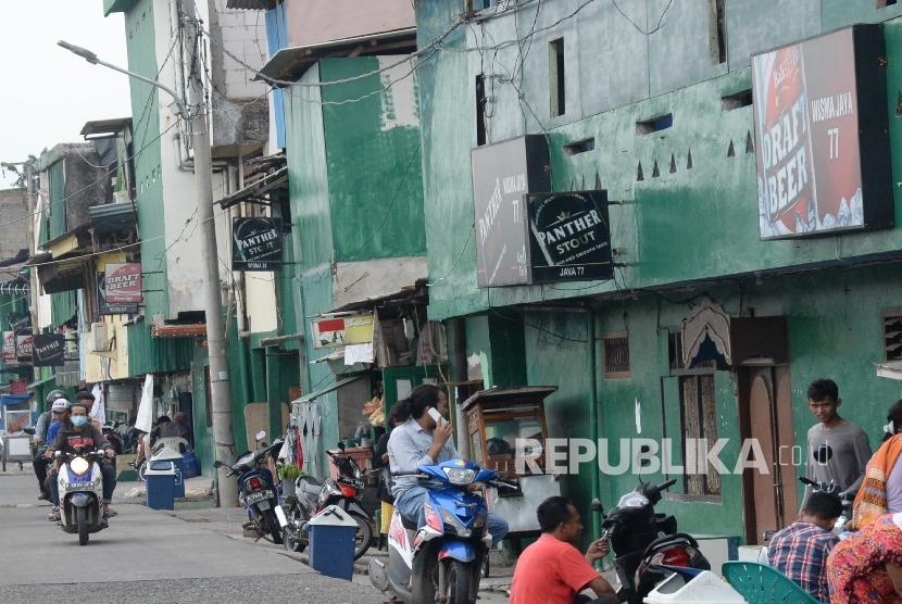 Suasana kawasan kawasan Kalijodo, Jakarta, Rabu (17/2).