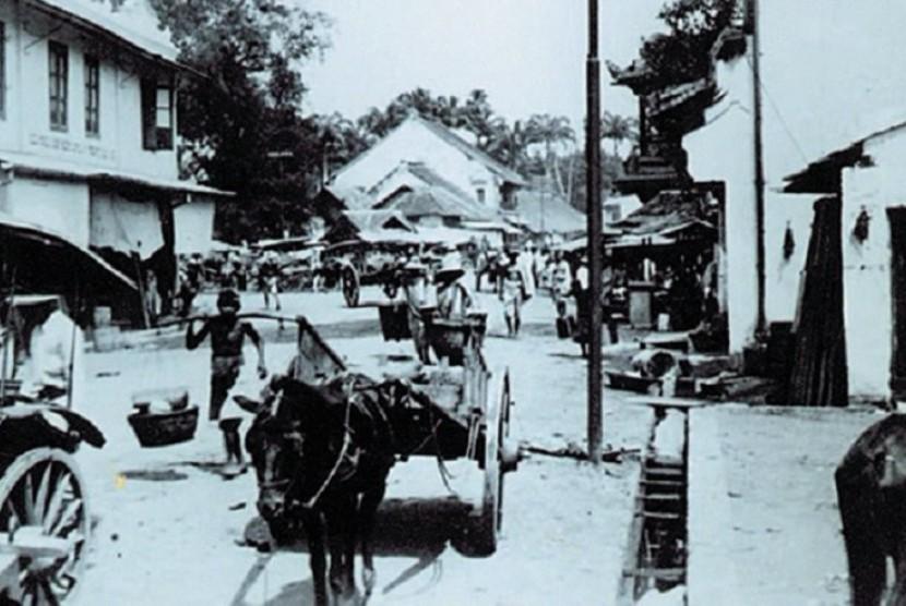 Suasana Pasar Meester 1940-an
