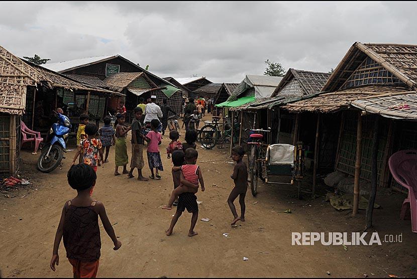 Suasana perumahan di Kamp Pengungsi Rohingya di Propinsi Sittwe, Myanmar.