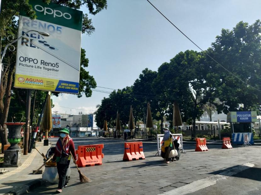 Suasana pusat Kota Tasikmalaya, Jumat (16/7).