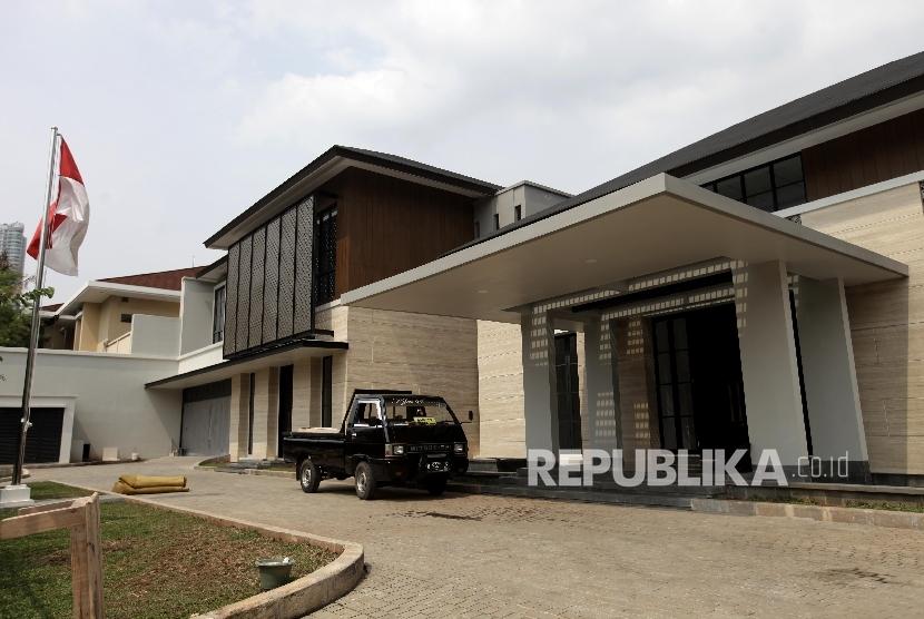Suasana Rumah baru Presiden RI ke-VI Susilo Bambang Yudhoyono di kawasan Mega Kuningan , Jakarta, Ahad (29/10).
