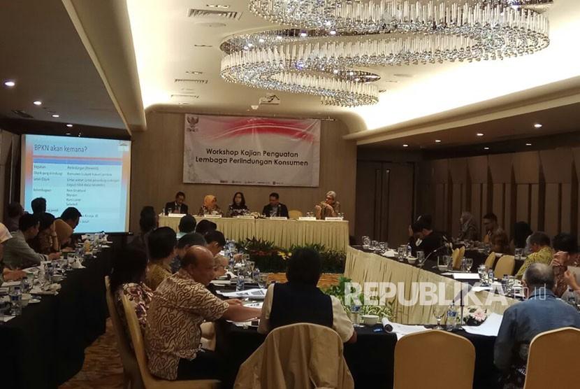 Suasana Workshop Penguatan Perlindungan Konsumen di Hotel Borobudur, Jakarta, Kamis (23/11).