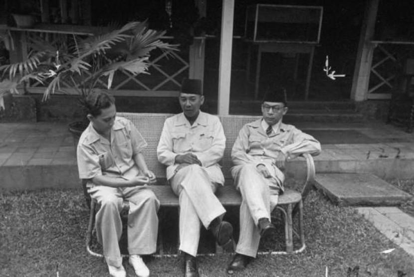 Sutan Syahir, Sukarno, dan Hatta.