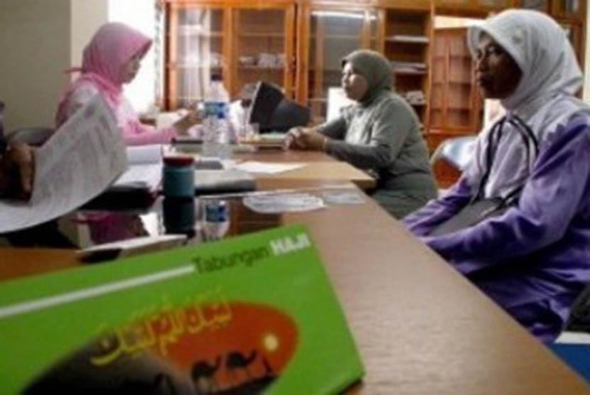 Tabungan haji menyimpan dana calon jamaah Haji