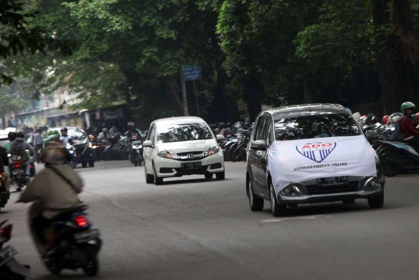 Taksi daring. (ilustrasi)