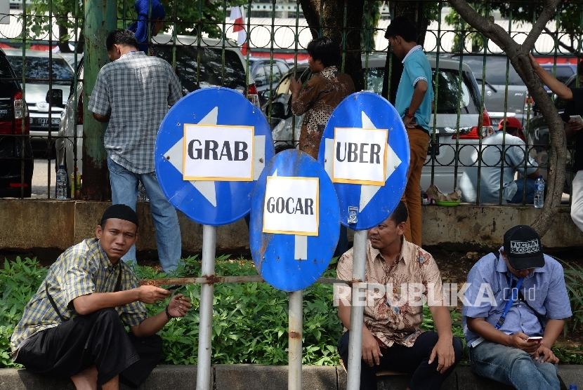 App-based taxi service. (Illustration)