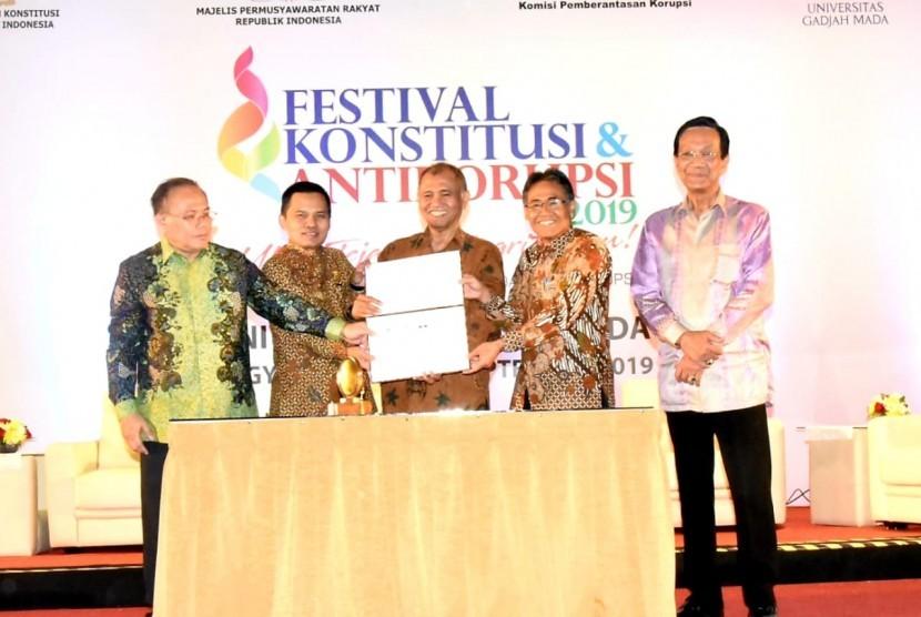 TalkShow dengan tema 'Ukir Jejak Integritasmu, Wujudkan Budaya Konstitusi dan Antikorupsi' di Grha Sabha Pramana,  Kampus Universitas Gadjah Mada,  Yogyakarta,  Rabu (11/9).