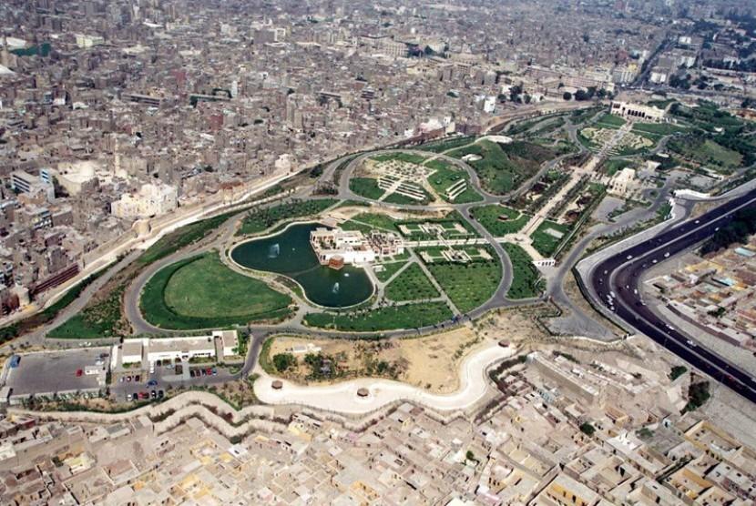 Taman al-Azhar dilihat dari udara.