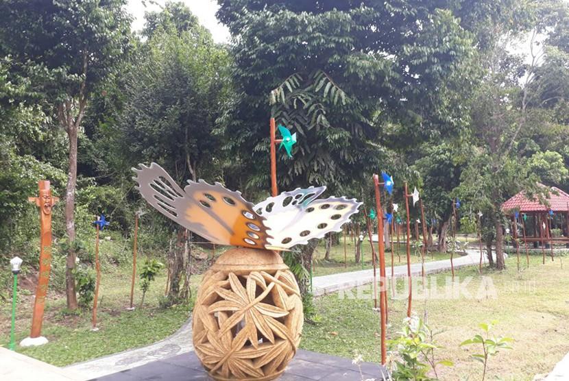 Taman Wisata Alam (TWA) Gunung Tunak Lombok, Nusa Tenggara Barat (NTB).
