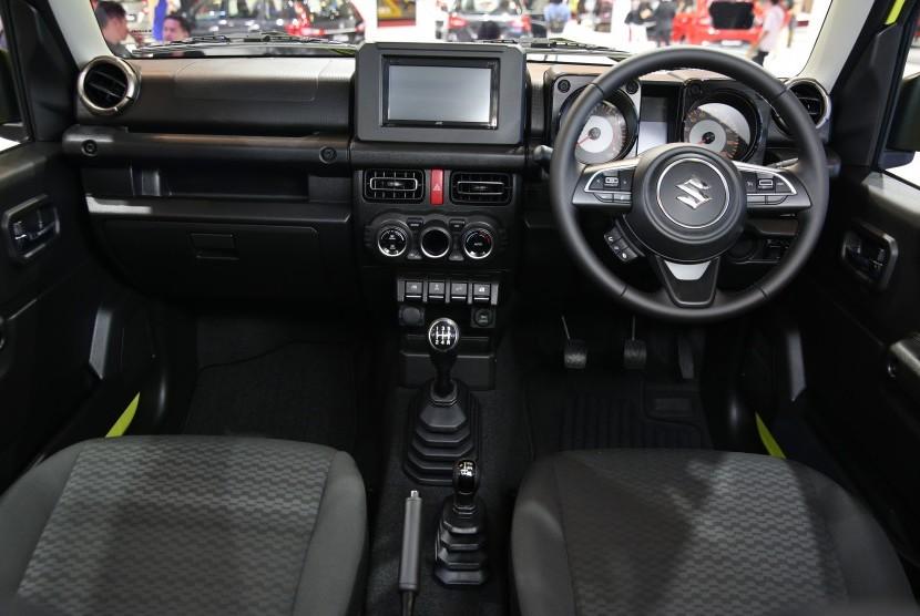 Tampak interior Jimny terbaru yang dipamerkan pada Gaikindo Indonesia International Auto Show 2019