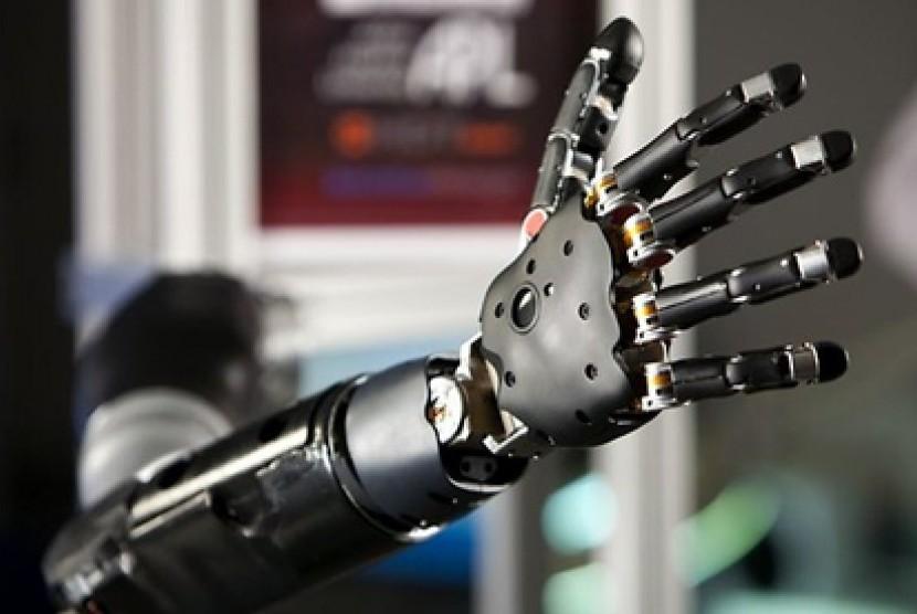 Tangan robot. Ilustrasi