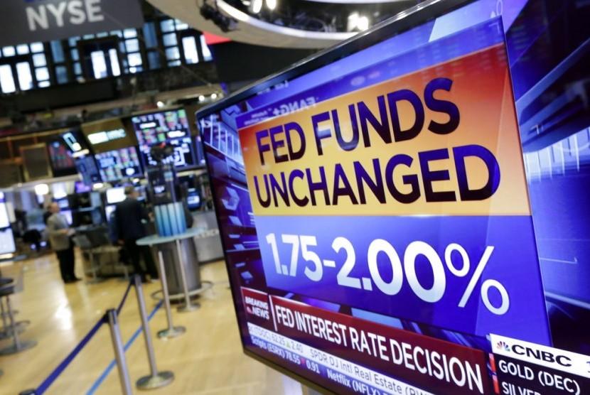 Tangkapan layar menunjukkan suku bunga The Fed.