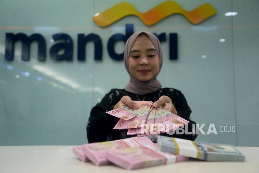 Bank Mandiri Salurkan Bansos Ke 4 Juta Keluarga Republika Online