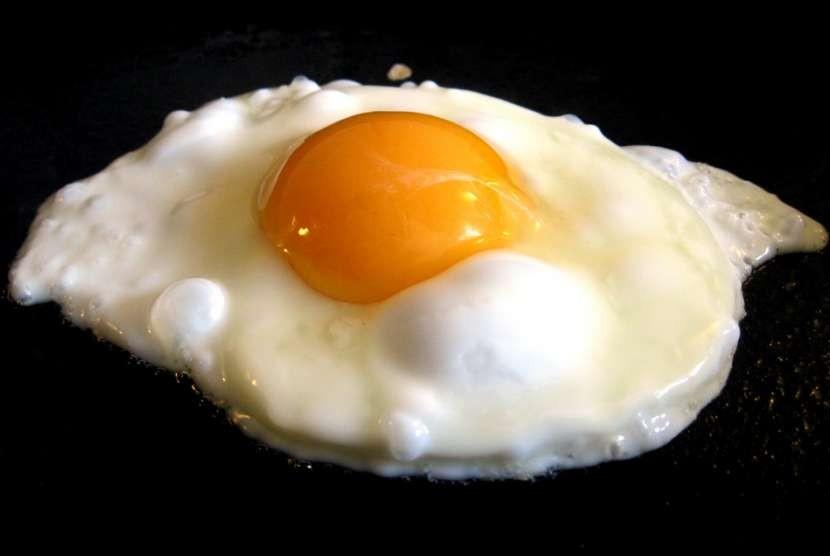 Cara Terbaik Menggoreng Telur | Republika Online