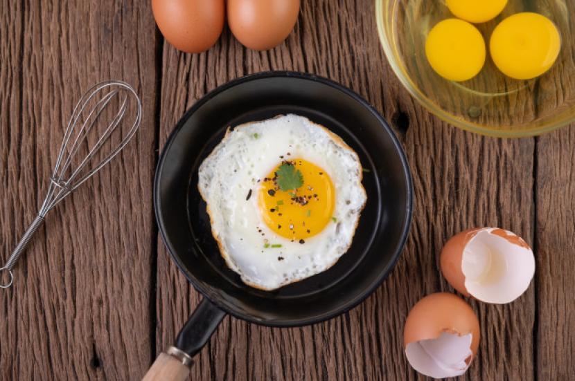 Telur sering kali digadang sebagai makanan bergizi yang baik untuk dikonsumsi (Foto: ilustrasi telur)