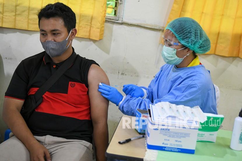 1.000 Lebih Pekerja Film di DIY Ikuti Vaksinasi Massal (ilustrasi).