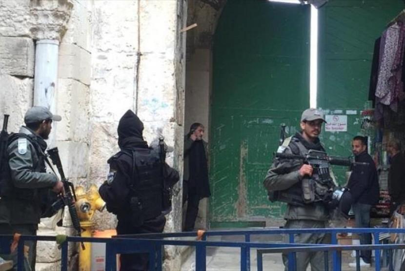 Tentara Israel yang sedang berjaga (ilustrasi)