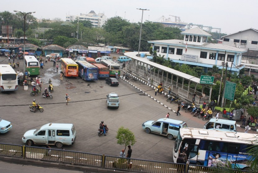 Terminal Bus Tanjung Priok