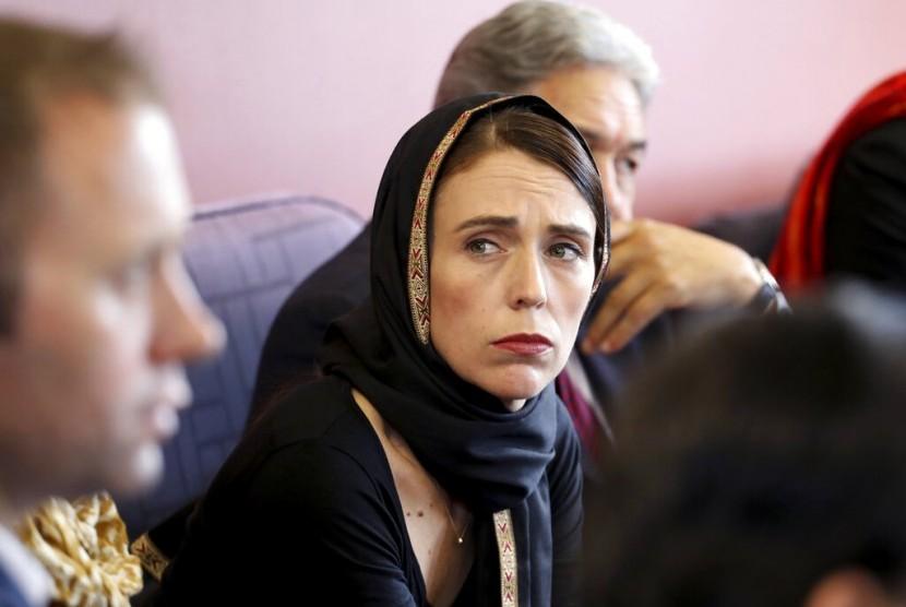 Teror Masjid Christchurch. PM Jacinda Ardern bertemu dengan komunitas Muslim, Sabtu (16/3), di Canterbury Refugee Centre di Christchurch. Pertemuan merupakan upaya PM untuk menjamin keamanan komunitas Muslim dan imigran.