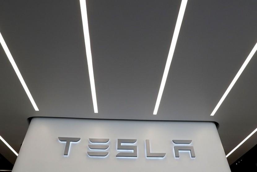 Tesla. Ilustrasi