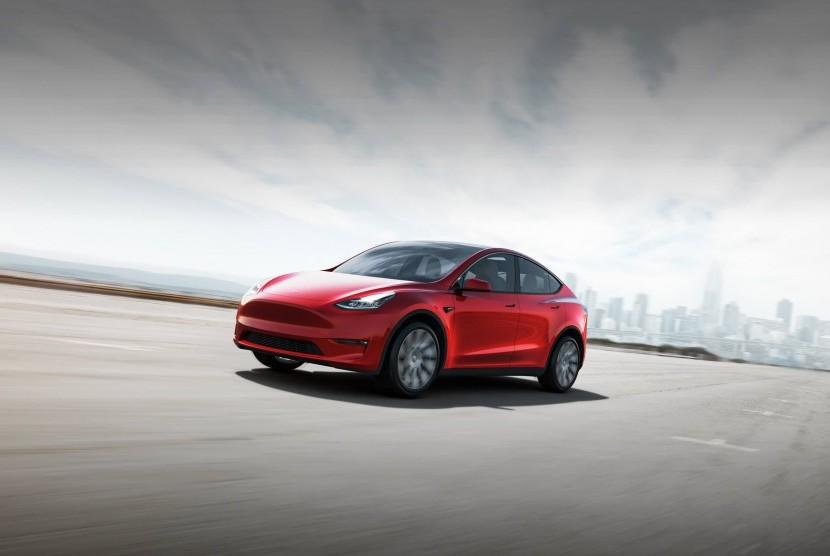 Tesla Model Y akan diluncurkan pertengahan 2020