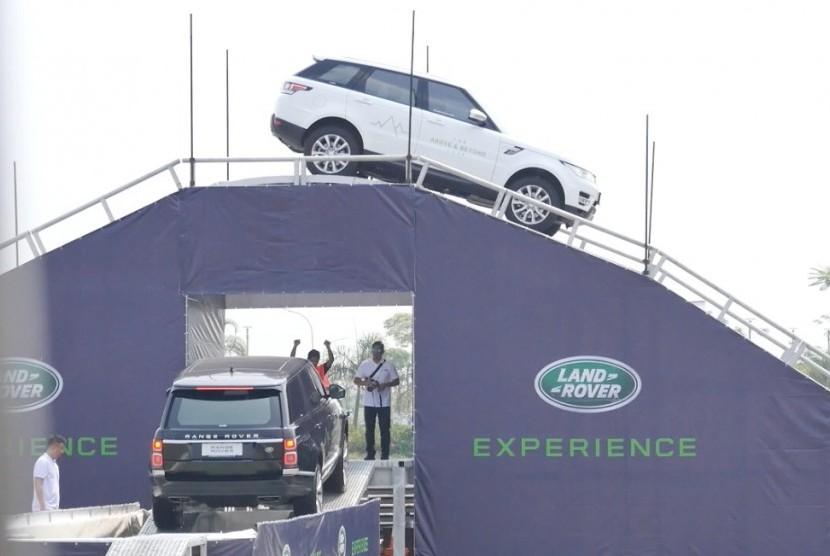 Test drive ala Jaguar.