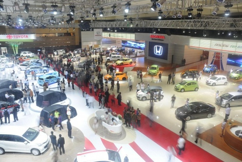 The 20th Indonesia International Motor Show (IIMS) 2012 is held in Jakarta on September 20-30.