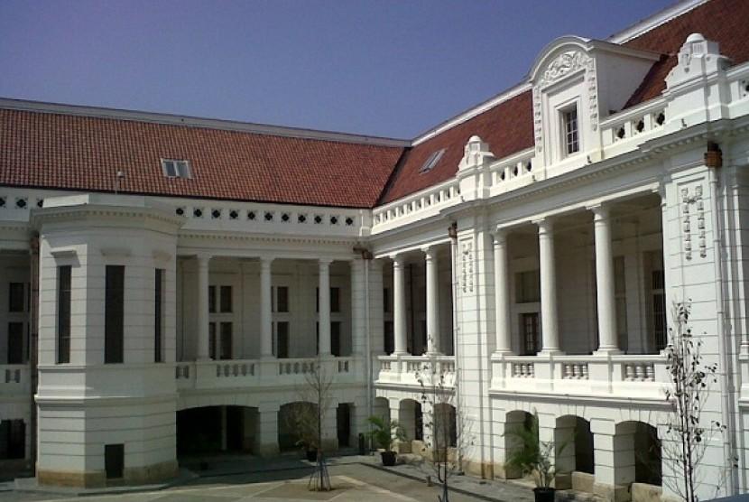 The open space inside BI Museum in Jakarta.