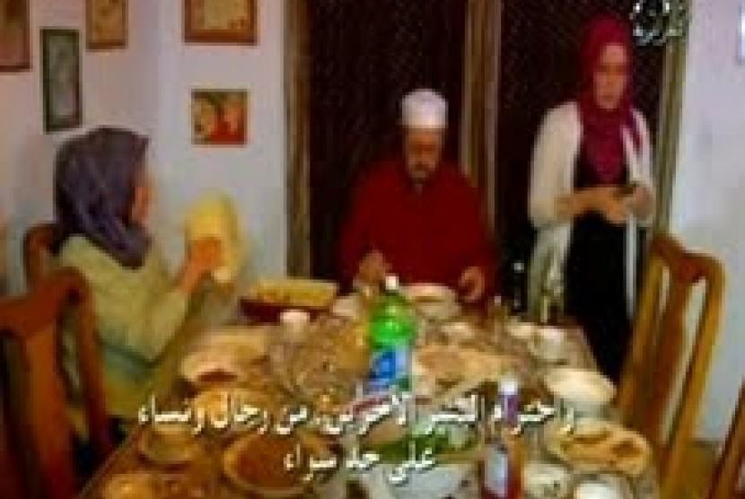 Tim dan Keluarga asal Denver yang memeluk Islam.