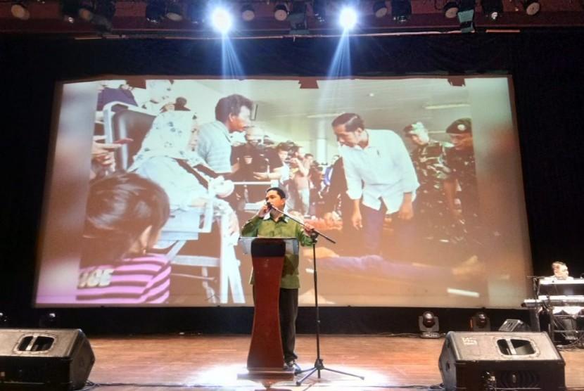 Tim Kampanye Nasional (TKN) Joko Widodo-Ma'ruf Amin menggelar pentas seni untuk korban bencana di Nusa Tenggara Barat (NTB) dan Sulawesi Tengah (Sulteng) dalam bentuk doa dan ekspresi seni budaya di Auditorium Pusat Perfilman H. Usmar Ismail, Jakarta, Rabu (17/10) malam.