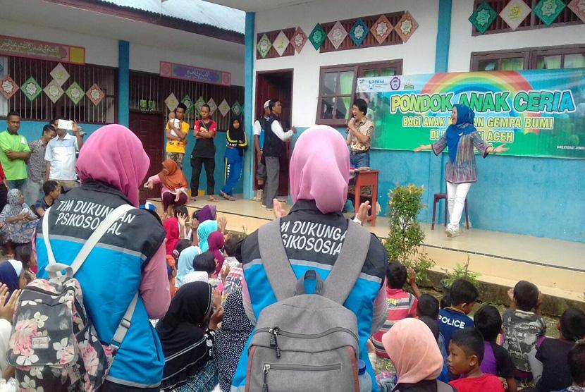 Tim Psikososial Kemensos Pulihkan Trauma Anak-Anak Korban Gempa Aceh