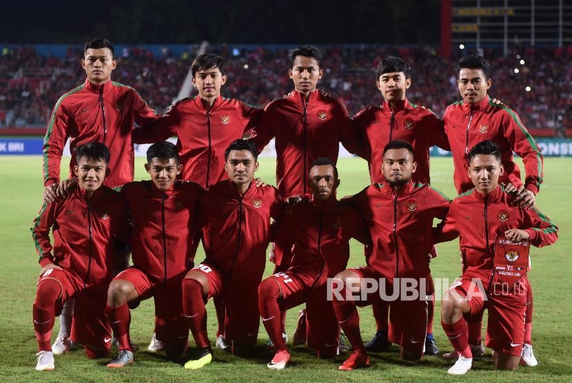 Timnas Indonesia U19 ketika melawan Timnas Laos U19 dalam penyisihan grup A Piala AFF U19
