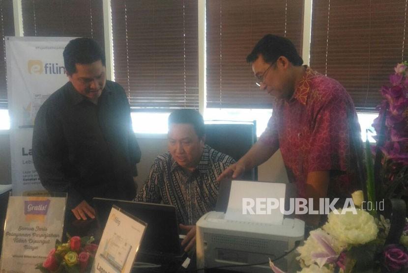 Thohir Bersaudara melaporkan SPT Pajak di KPP Wilayah Besar Empat, Selasa (20/3).