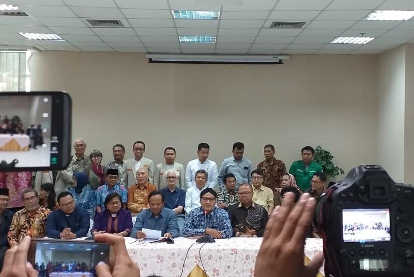 Tokoh agama, kepercayaan dan masyarakat di Indonesia menyatakan sikap terhadap aksi teroris di Kota Christchurch, di Kantor Kemenag, Rabu (20/3).