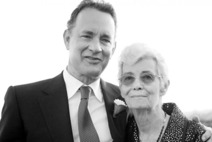 Tom Hanks dan Ibunda