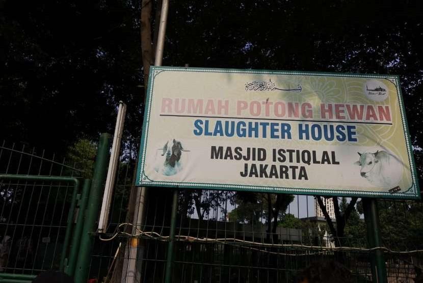 Total 26 ekor sapi dan 17 ekor kambing akan dipotong dalam rangka Idul Adha 1439 H di Masjid Istiqlal, Rabu (22/8).