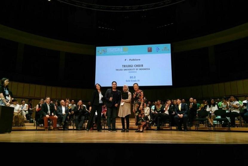 Trilogi Choir Sabet Medali Emas pada Kompetisi Padus Internasional
