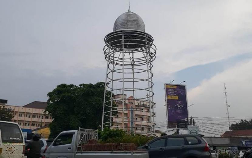 Tugu Pamulang di Kota Tangerang Selatan (Tangsel) yang mendapat olok-olok dari warganet.