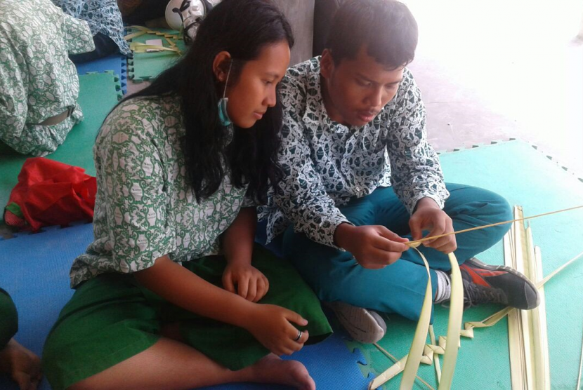 Tumbuh High School (THS) mengenal kekayaan ragam pangan Indonesia bersama Slow Food Yogyakarta.