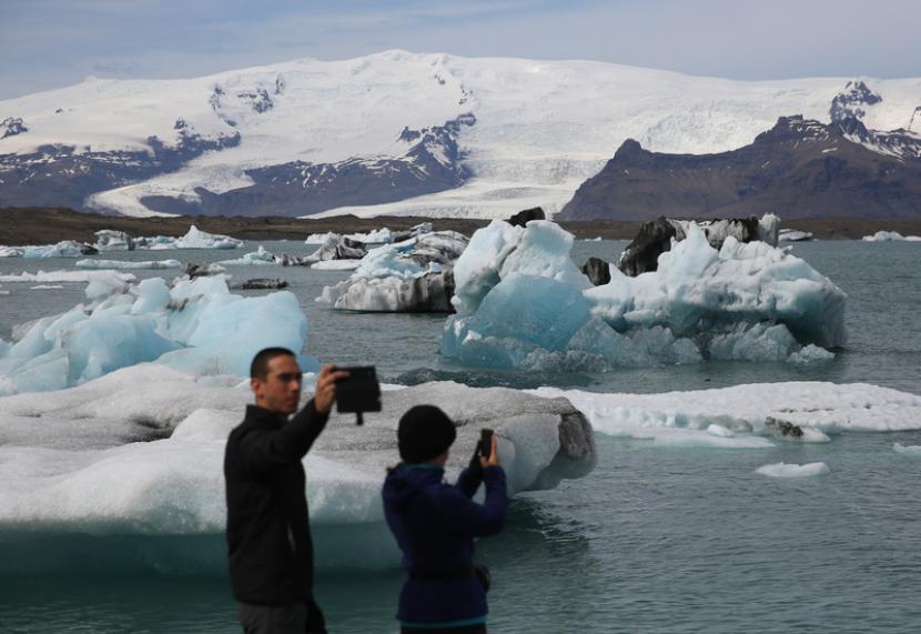 Turis Bebas ke Islandia Asal Pernah Kena Covid-19