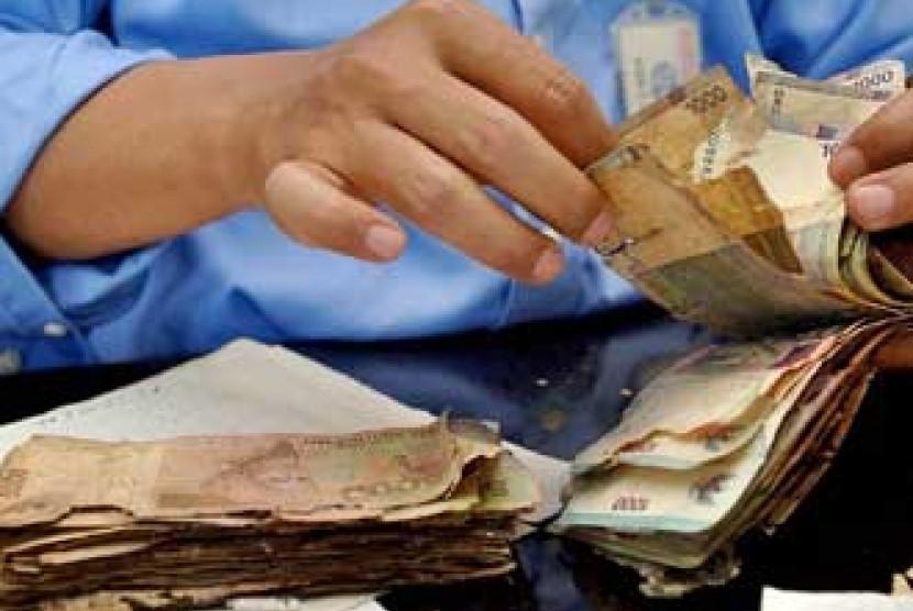Uang lusuh - ilustrasi