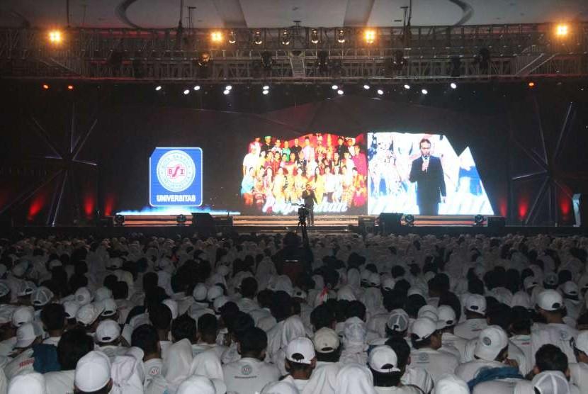 UBSI  menyelenggarakan Orientasi Akademik (ORMIK) secara serentak di seluruh kampus se-Indonesia.