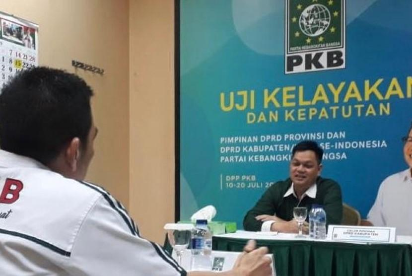 Uji Kelayakan dan Kepatutan calon pimpinan DPRD Kabupaten/Kota dan DPRD Provinsi.