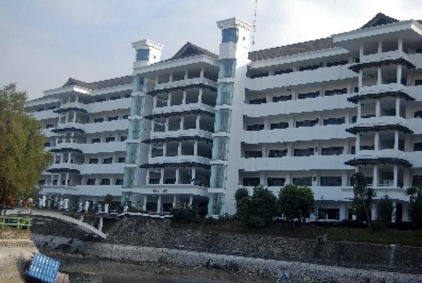 Universitas Muhammadiyah Malang.
