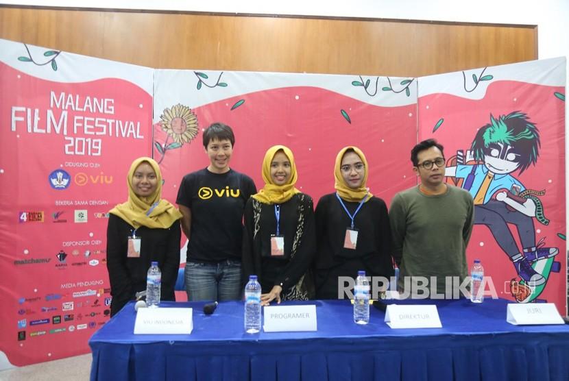 Universitas Muhammadiyah Malang (UMM) kembali mengadakan Malang Film Festival (MAFI Fest) di Dome Hall UMM, Rabu (10/4). Kegiatan yang ke-15  kali ini digelar oleh Unit Kegiatan Mahasiswa (UKM) Kine Klub UMM.