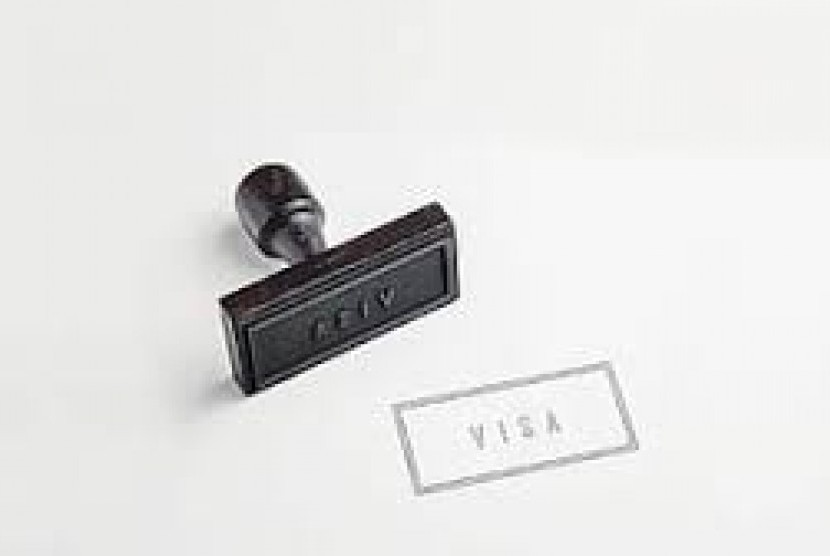 Direktorat Jenderal Keimigrasian membuka kembali pelayanan visa offshore pada masa normal baru. (Foto: Visa)
